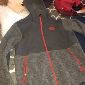 Worn a couple of times boy size XL north face